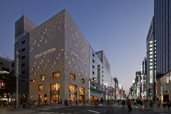 Louis-Vuitton-Ginza-Dreams-of-Luxury